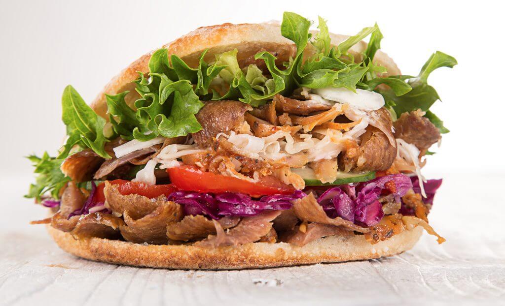 Broodjes bestellen in Den Haag? Bestel online bij snackbar grillroom de Lotus!